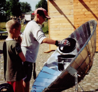 solar cooking with childreen